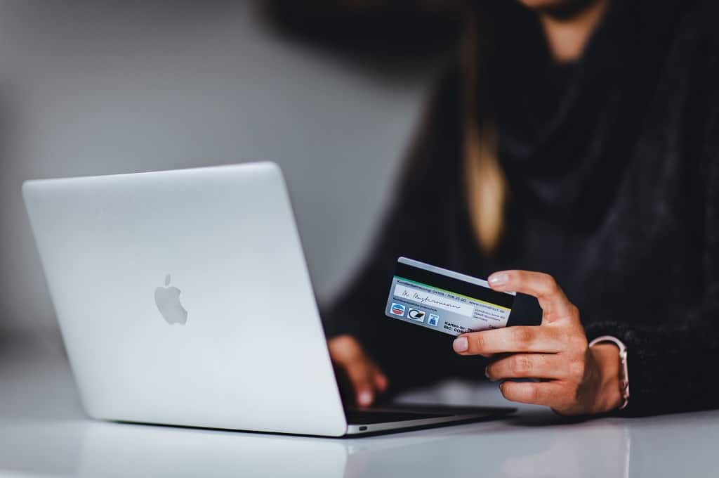 The Importance of eCommerce to the Fashion and Apparel Industry